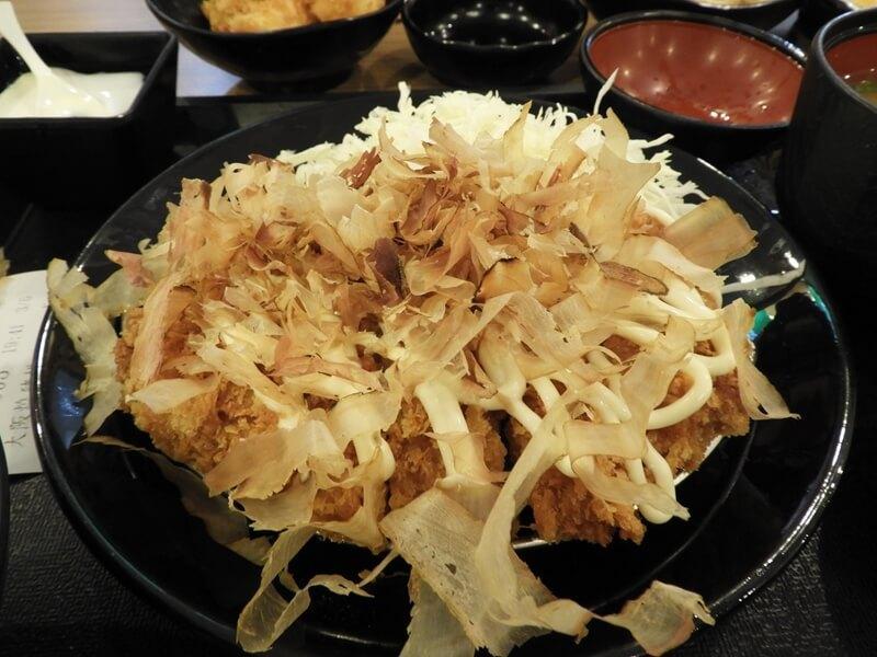 大阪燒豬排定食的豬排