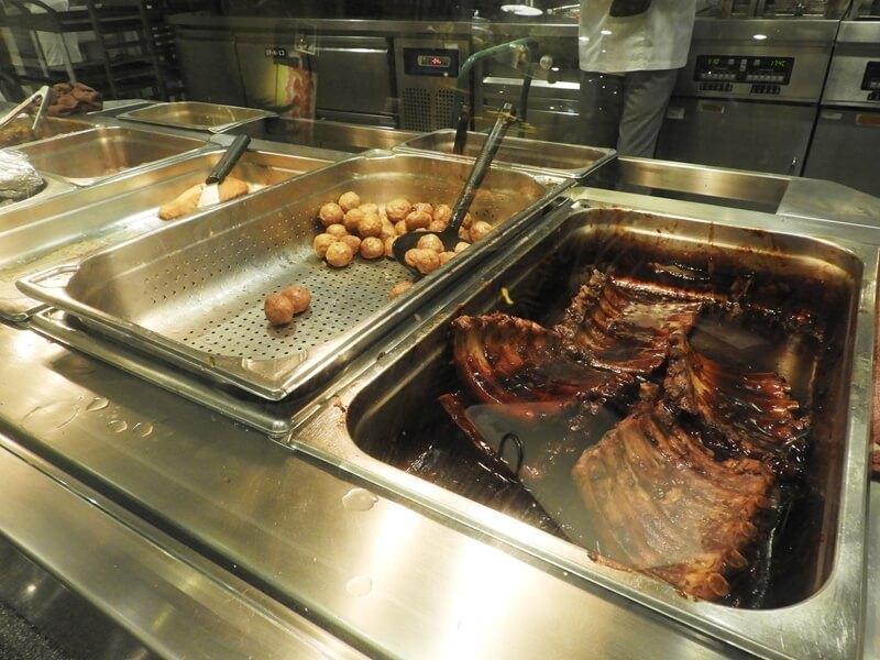 瑞典烤肉丸、煙燻醬烤豬肋排