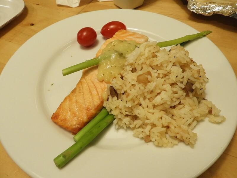 鮭魚菲力野菇飯