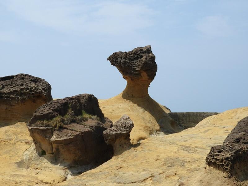 同樣也是風化的岩石