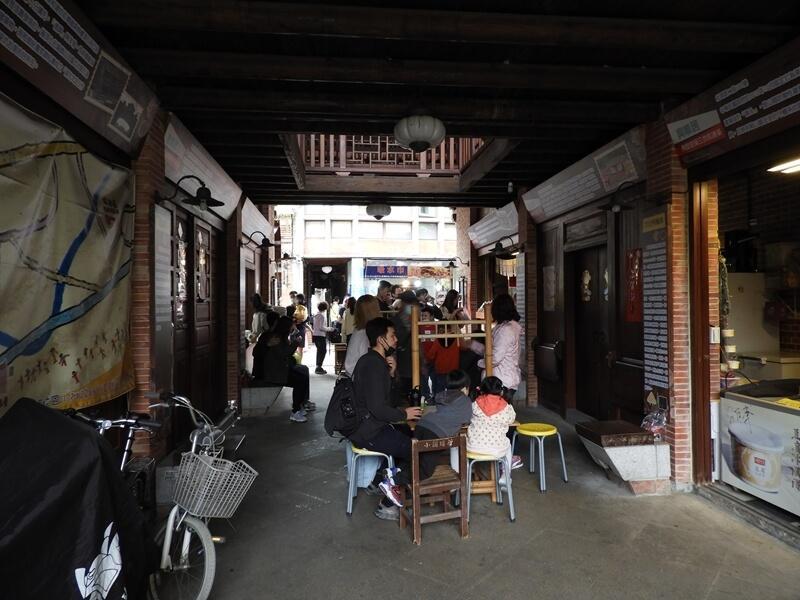 老街內景色